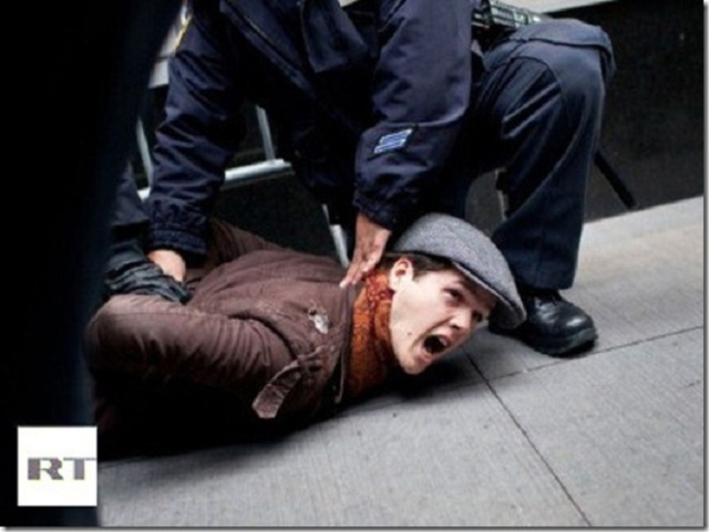 protester-street-movement-police_thumb
