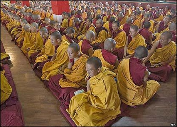 41621610_monks_ap