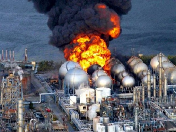 fukushima-daiichi-nuclear-plant-explosion-gratisparacelular-blogspot-com_